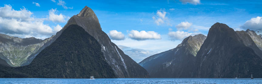 Milford Sound, Fiordland - scenic road from Te Anau (Queenstown airport), New Zealand